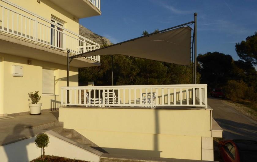 Location de vacances - Appartement à Brela - Appartement au 1 er étage, entrée privée, balcon, garage.