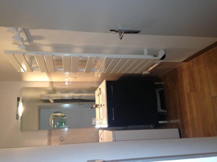 Location de vacances - Appartement à Les Deux Alpes - Salle de bain avec baignoire + machine à laver