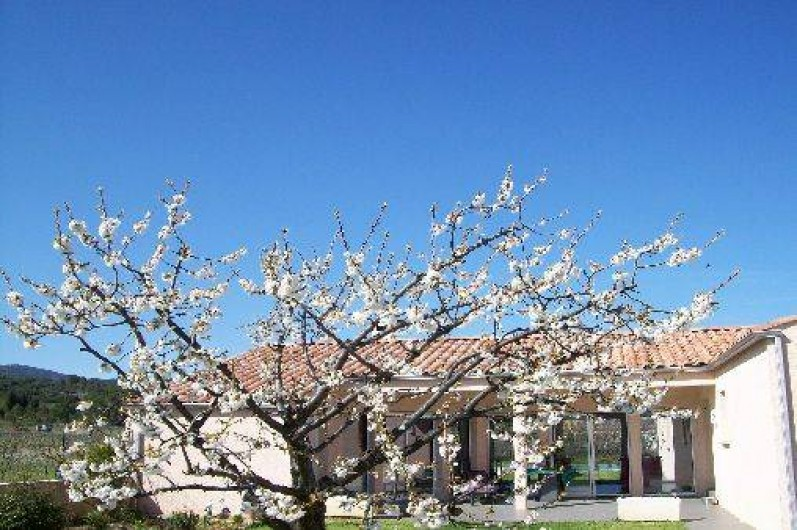 Location de vacances - Gîte à Trausse - Façade de la maison