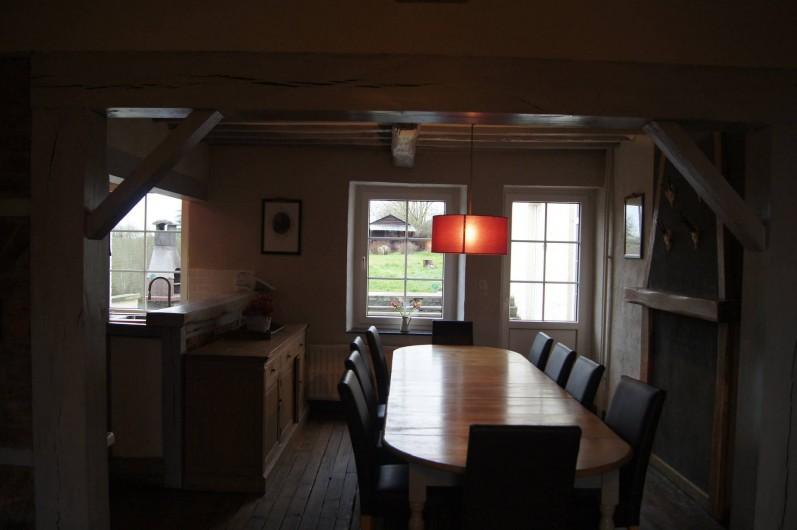 Location de vacances - Gîte à Buissonville - Salle à manger maison