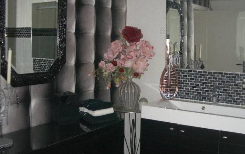 Location de vacances - Chambre d'hôtes à La Croix-en-Touraine - SALLE de BAINS chambre BONSAI