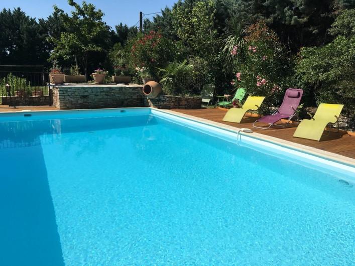 Location de vacances - Villa à Vézénobres - piscine eau adoucie 10,5mx5,50m 90m2 plage bois