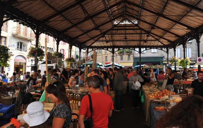 Location de vacances - Gîte à Corn - Marché de Figeac
