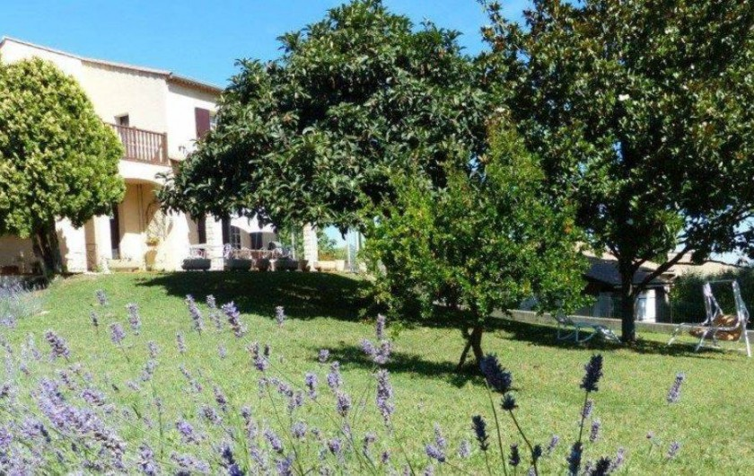 Location de vacances - Chambre d'hôtes à Comps - Jardin