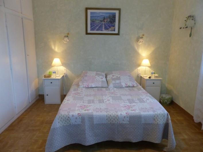 Location de vacances - Chambre d'hôtes à Comps - chambre Provence