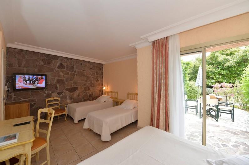 Location de vacances - Chambre d'hôtes à Cavalaire-sur-Mer - Familiale Rez-de-Jardin