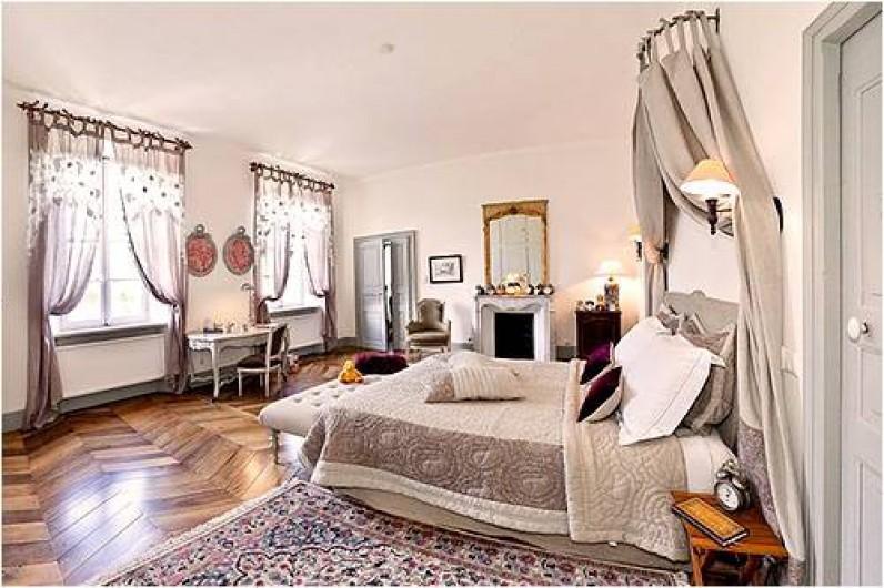 """Location de vacances - Chambre d'hôtes à Embrun - Chambre """"Mauve"""""""
