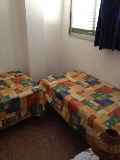 Location de vacances - Appartement à L'Estartit - lits simple de 90 X 180