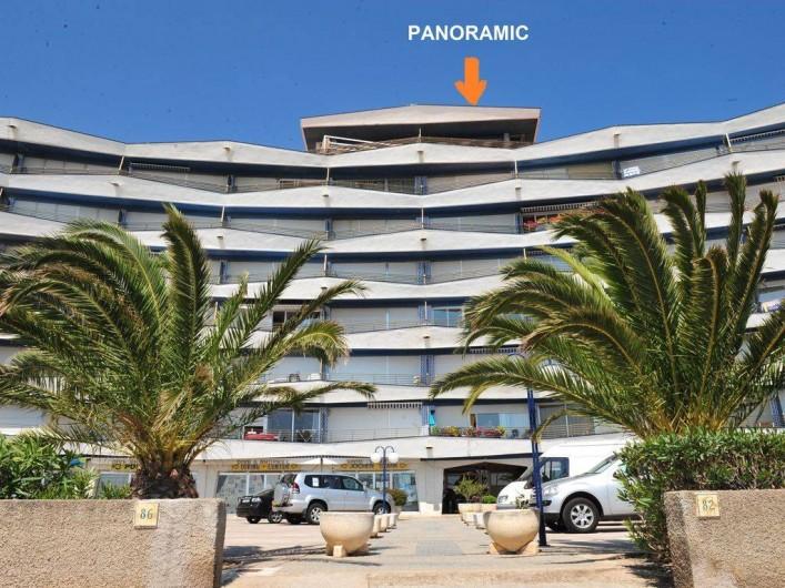 Location de vacances - Appartement à L'Estartit - Residence Catalugna avec repere fleche de l'appartement