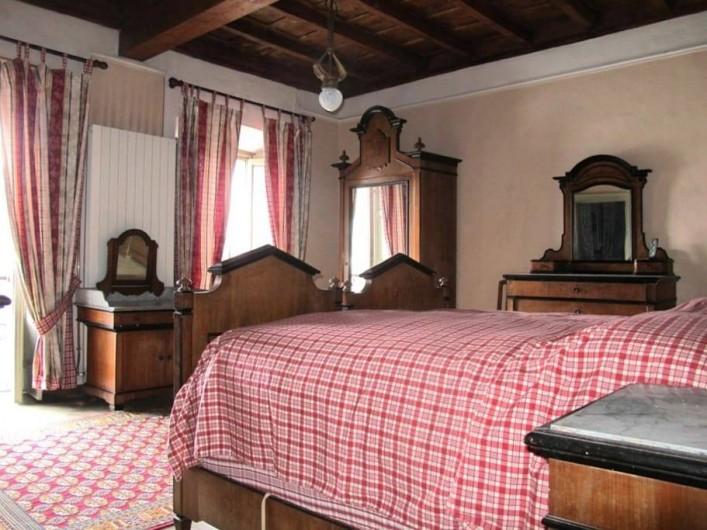 Location de vacances - Villa à Isola San Giulio - chambre rouge