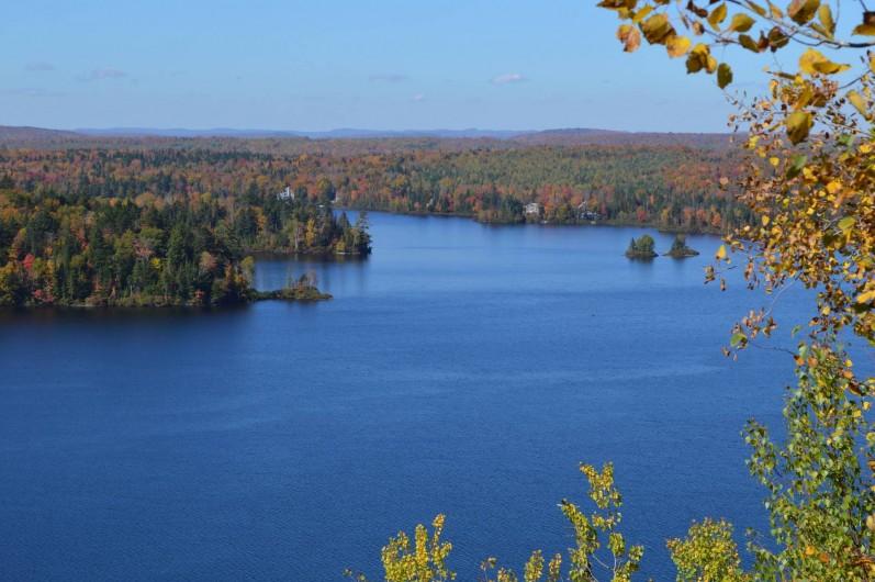Location de vacances - Chambre d'hôtes à Ville de Québec - En moins de 30 minutes, montez au belvédère d`où vous voyez le chalet.