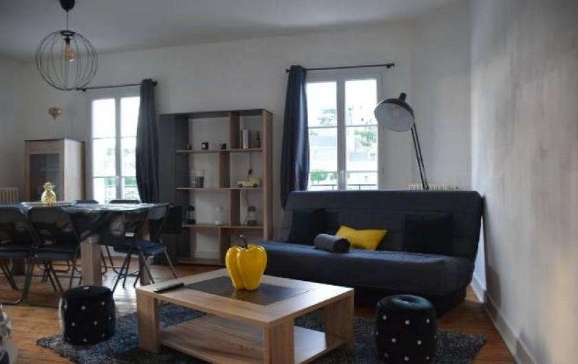 Location de vacances - Gîte à Faverolles-sur-Cher - Salon séjour salle a manger sur la gauche
