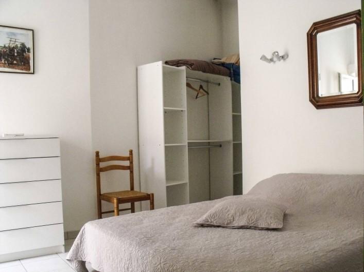 Location de vacances - Maison - Villa à Puisserguier - Chambre 1  lit 160x200