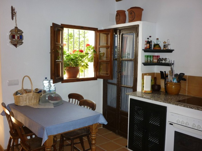 Location de vacances - Gîte à Fuentes de Cesna - Une partie de la cuisine, Casita Perdiz