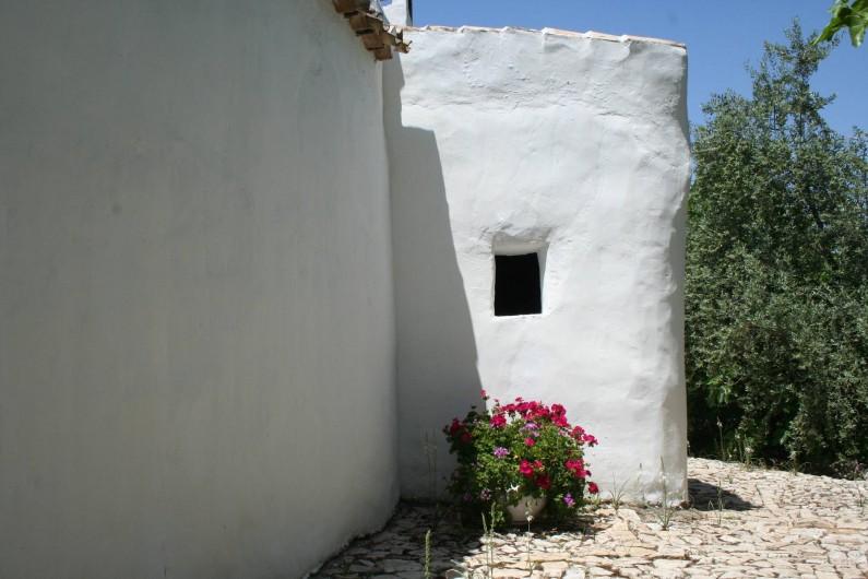 Location de vacances - Gîte à Fuentes de Cesna - Les vieux murs de Cortijo las Rosas