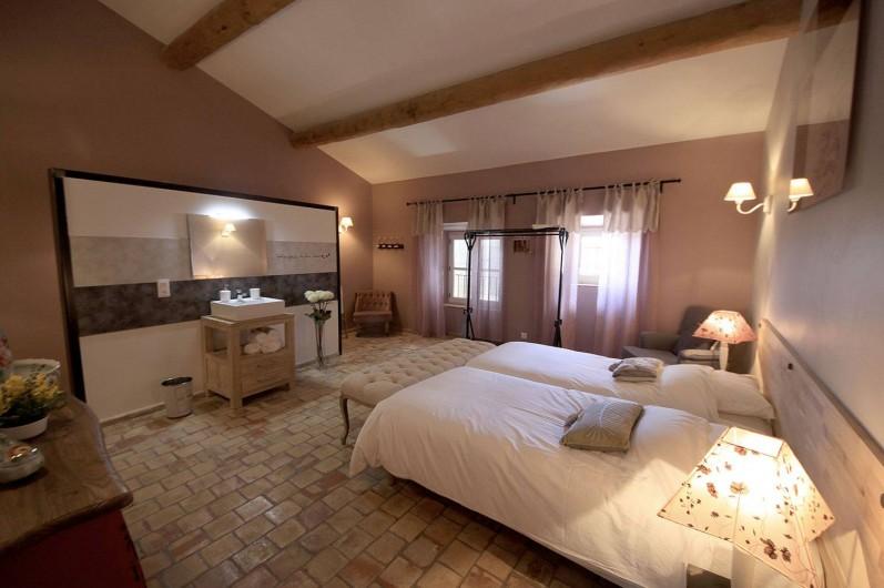 Location de vacances - Mas à Grillon - Chambre