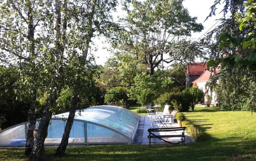 Location de vacances - Gîte à Saint-Rabier - Côté piscine
