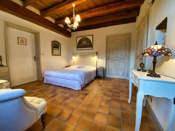 """Location de vacances - Chambre d'hôtes à Saint-Crépin-et-Carlucet - Chambre """"Constance"""" 2 personnes"""
