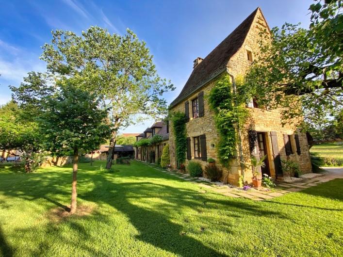 Location de vacances - Chambre d'hôtes à Saint-Crépin-et-Carlucet - Notre maison