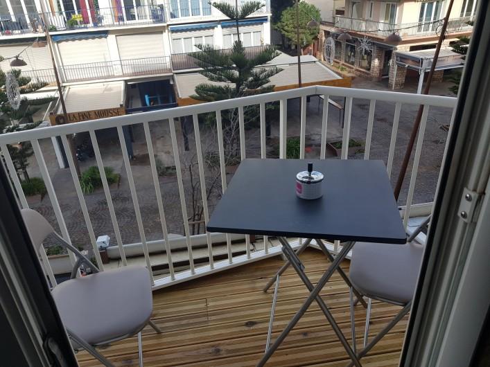 Location de vacances - Appartement à Argelès-sur-Mer - le balcon