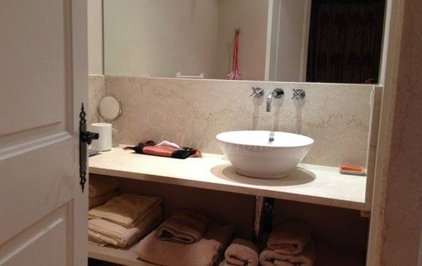 Location de vacances - Chambre d'hôtes à Saint-Tropez - Salle d'eau  Chambre Eugénie
