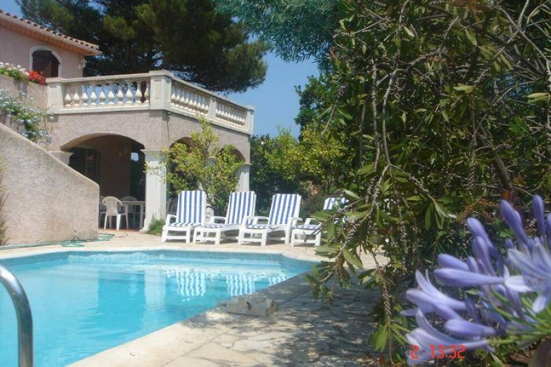 Location de vacances - Villa à Saint-Aygulf - Abords de la piscine