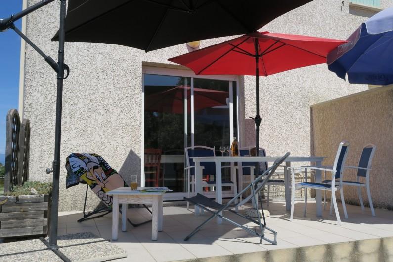 Location de vacances - Maison - Villa à Salavas - Salle de bain avec WC