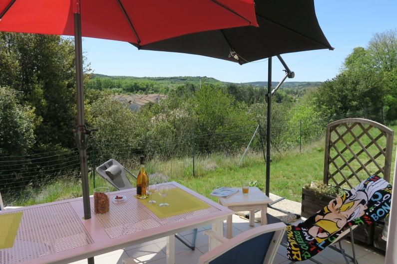 Location de vacances - Maison - Villa à Salavas - Terrasse orientée au sud