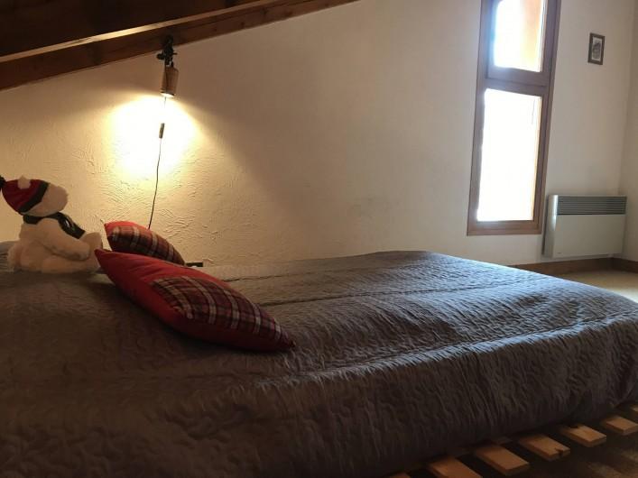 Location de vacances - Appartement à Crest-Voland - Lite double sur la Mezzanine