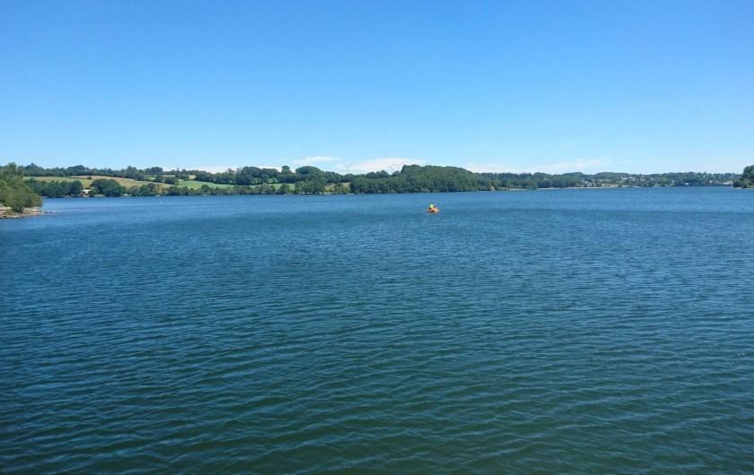 Location de vacances - Gîte à Alrance - sports nautique a prox. location pédalos canoé-vélos catamarans pédalos ULM