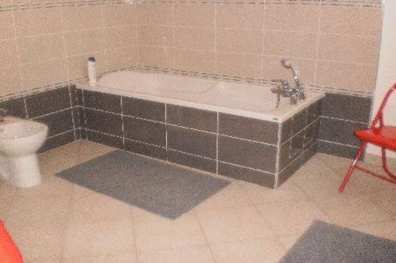 Location de vacances - Chalet à Mizoën - salle de bain