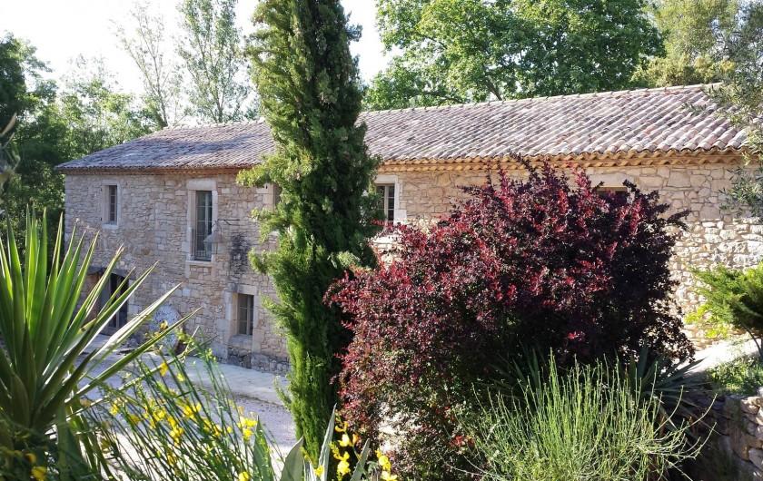 Location de vacances - Mas à Foissac - Une autre vue du moulin du chemin des oliviers