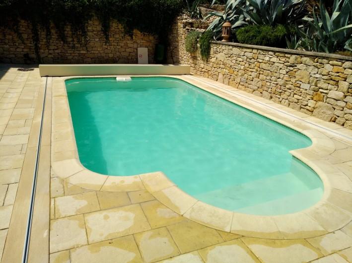 Location de vacances - Mas à Foissac - piscine sécurisée par cover seal voir site  ici ouverte