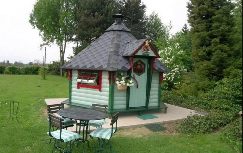 Location de vacances - Gîte à Saint-Vérand - Kota finlandais , pour des soirées animées entre amis.