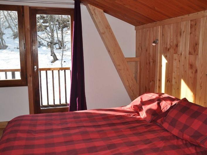 Location de vacances - Chalet à Puy-Saint-Vincent - 1 des 4 chambres au 2nd étage