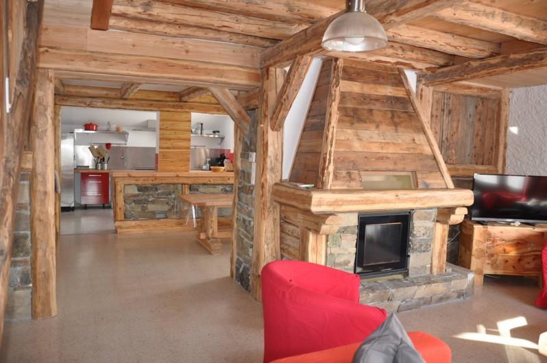 Location de vacances - Chalet à Puy-Saint-Vincent - l'espace de vie au 1er étage