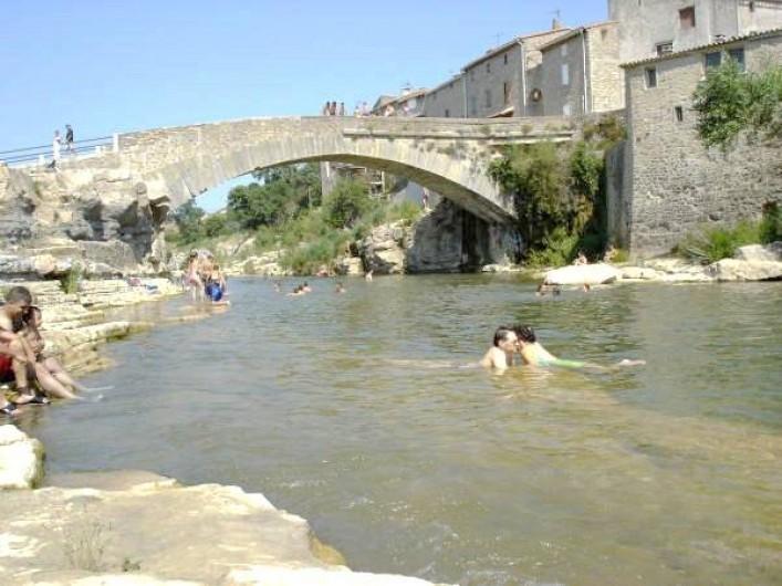 Location de vacances - Gîte à Ribaute - Invitation à la baignade