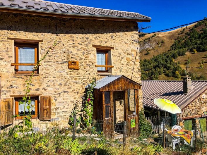 Location de vacances - Maison - Villa à La Grave - Entrée et terrasse Sud