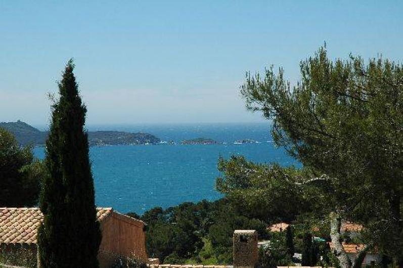 Location de vacances - Appartement à Hyères - Vue sur mer