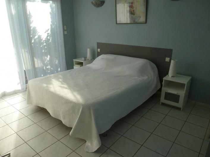 Location de vacances - Villa à Arès - chambre 1
