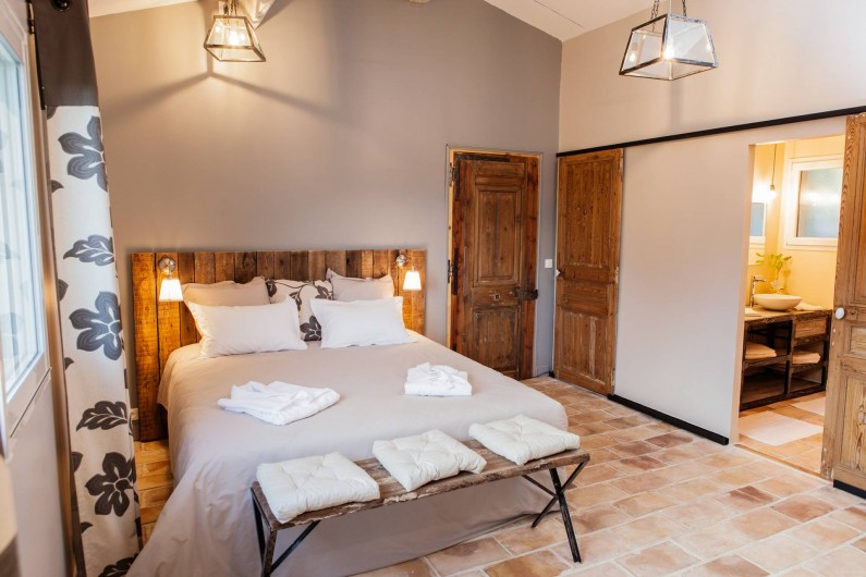 Location de vacances - Chambre d'hôtes à Lacoste - Le Cabanis