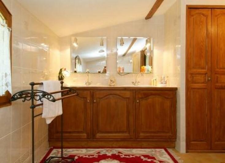Location de vacances - Villa à Souillac - Salle de bain 1
