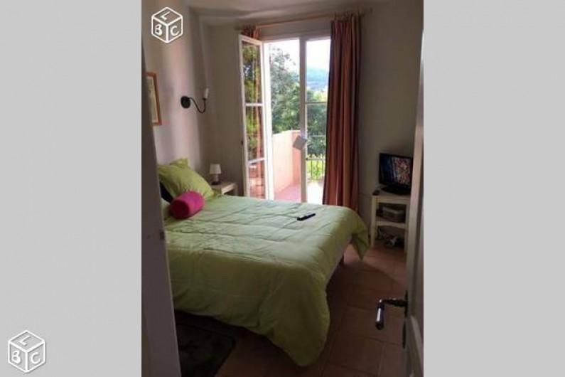 Location de vacances - Villa à Grimaud - CHAMBRE PARENT