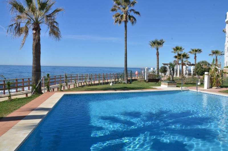 Location de vacances - Appartement à Calahonda - piscine commune