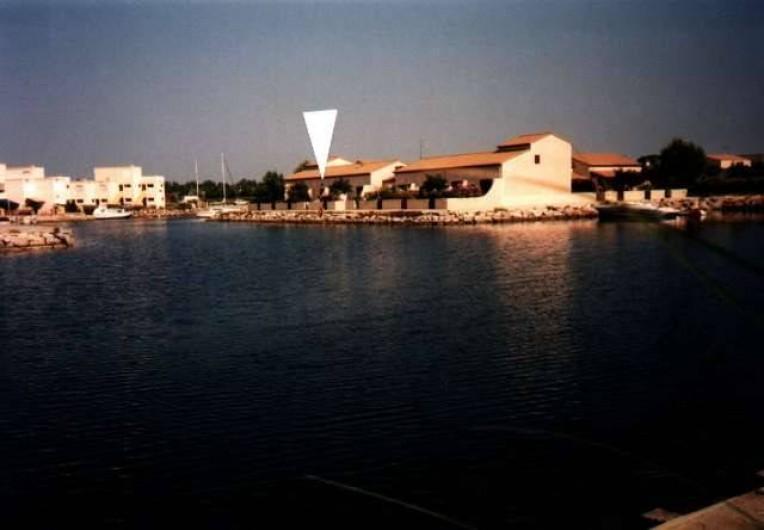 Location de vacances - Maison - Villa à Le Barcarès - vue à partir de l'Ile des Pêcheurs