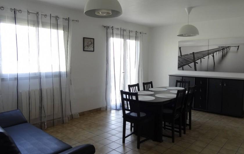 Location de vacances - Villa à Damgan - Salle à manger/salon au rez-de-chaussée