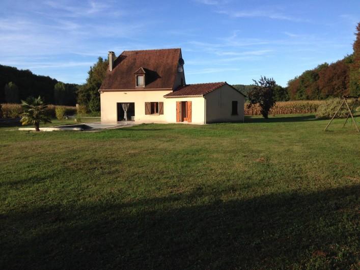 Location de vacances - Maison - Villa à Saint-Amand-de-Coly - pelouse