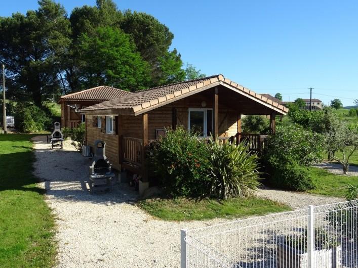 Location de vacances - Gîte à Ruoms - chalet Viognier au 1er plan