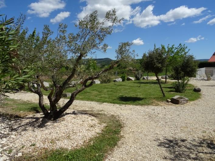Location de vacances - Gîte à Ruoms - jardin