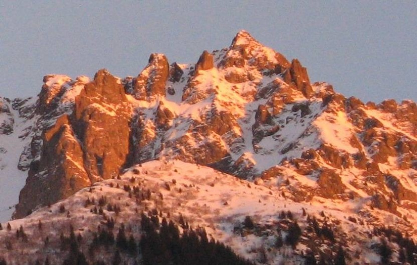 Location de vacances - Gîte à Grenoble - Coucher de soleil sur Belledonne